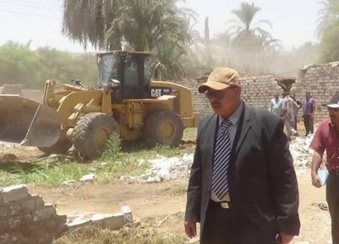 استرداد 32 فدان أملاك دولة في حملة إزالة بأسيوط