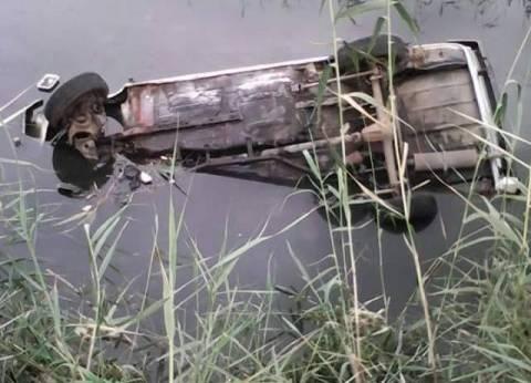 نجاة 4 مواطنين من حادث انقلاب سيارة ملاكي في الغربية