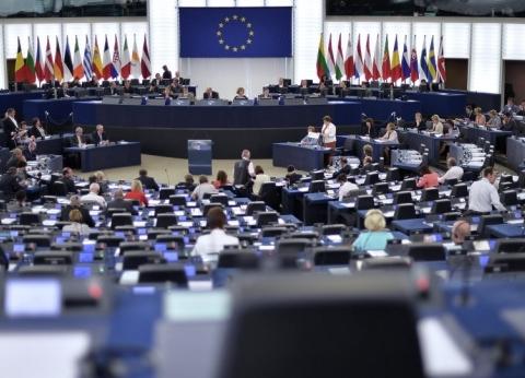 """ممثلان بـ""""العربية الأوربية"""".. مهام المفوضية الأوروبية ومجلس الاتحاد"""