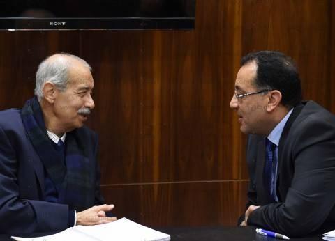 بالصور| شريف إسماعيل يستقبل الوزراء الجدد