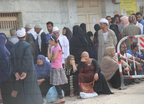 بالصور| 19 ألفا و400 طالب يبدأون امتحانات الثانوية بكفر الشيخ