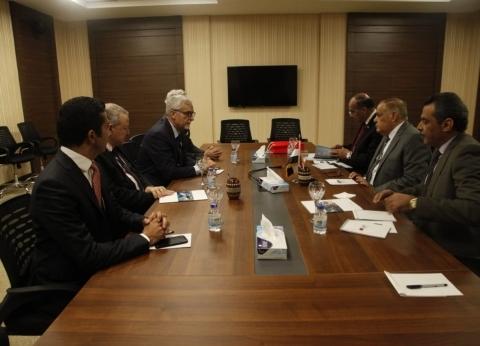 """رئيس """"العربية للتصنيع"""" يبحث تعزيز التعاون مع شركة ليوناردو الإيطالية"""