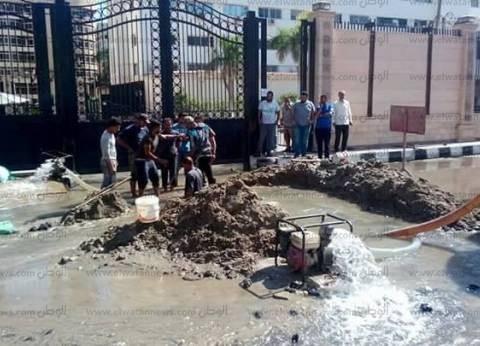 """""""شركة المنيا"""" تكشف حقيقة اختلاط مياه الشرب بالصرف الصحي في مغاغة"""