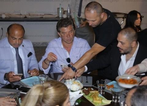 بالصور  رامي عياش يفتتح مطعمه بالمغرب بحضور وليد توفيق