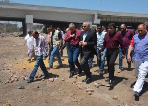 """محافظ الجيزة يتابع أعمال رصف طريق """"طراد النيل"""" بتكلفة 33مليون جنيه"""