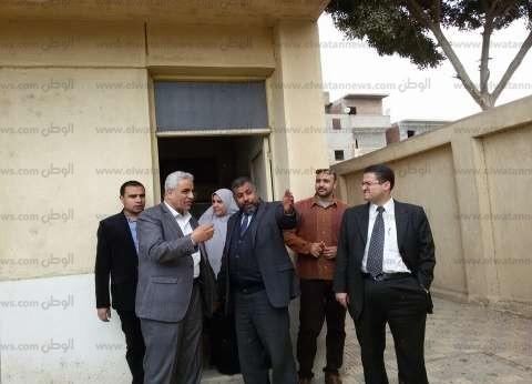 بالصور| مدير الرعاية الحرجة يتفقد مستشفى أبو حماد ومستشفى الصدر