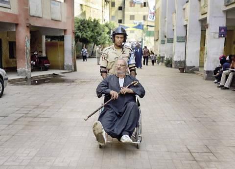 """الأمن يلقي القبض على مراسلي """"الدستور"""" أثناء متابعتهما الانتخابات بأوسيم"""