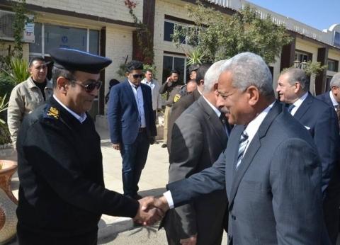 محافظ السويس والقيادات الأمنية يؤدون صلاة الجمعة بمسجد quotقوات الأمنquot