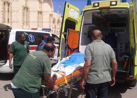 عامل يلقي على طفل بنزين ويصيبه بحروق بسبب زجاجة مياه غازية بالدقهلية