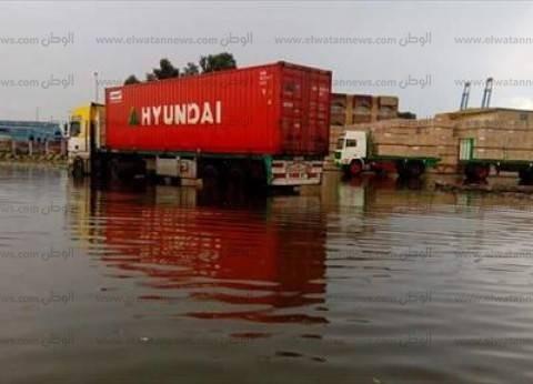 أمطار غزيرة بدمياط.. وإغلاق بوغاز عزبة البرج وتوقف حركة الصيد