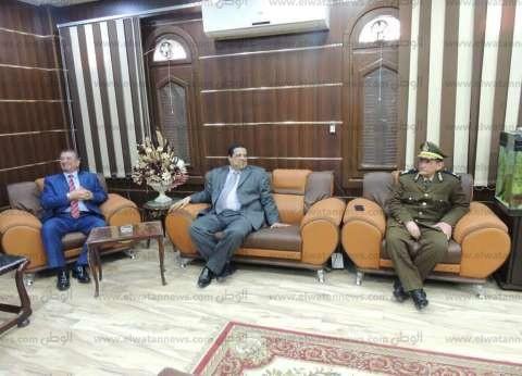 بالصور| محافظ كفر الشيخ يهنئ مدير الأمن بعيد الشرطة الـ65