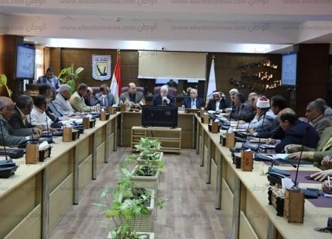محافظ جنوب سيناء يجتمع برؤساء المدن استعداد للعيد القومي