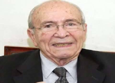 """""""فارس الديمقراطية وجيفارا المصري"""".. كيف رأى الزعماء خالد محيي الدين؟"""
