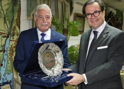 السفير الفرنسي بالقاهرة: توقف الرحلات السياحية لشرم الشيخ غير مبرر