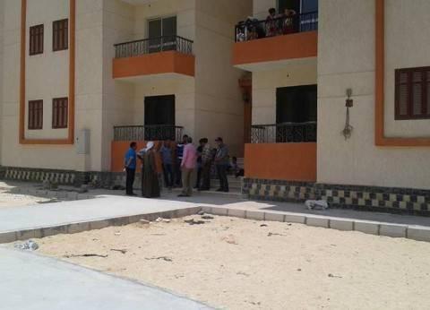 """""""سليمان"""" يتفقد عمارات الإسكان الاجتماعي في أرض الصوامع بمدينة السادات"""