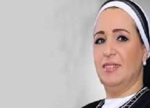 قرينة الرئيس تدلي بصوتها في مدرسة مصر الجديدة النموذجية