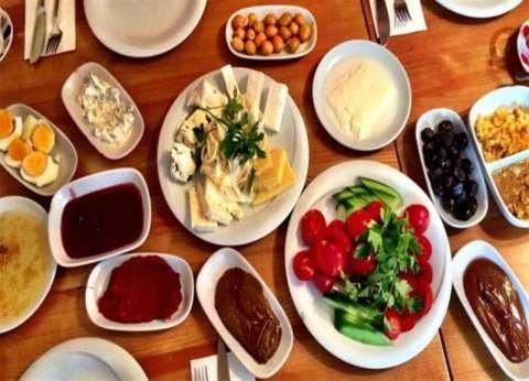 """""""زبدة الفستق والبيض"""".. مأكولات تلغي شعورك بالجوع في نهار رمضان"""