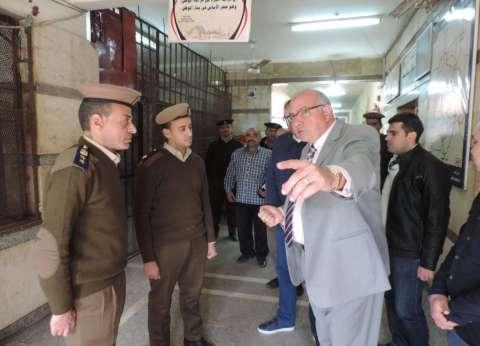 مدير أمن القليوبية يفاجئ قوات الأمن بالعبور وقليوب بزيارة مفاجئة