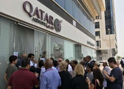 اليوم الأول لـ«قرارات المقاطعة»: السعودية تلغى تراخيص الخطوط القطرية وتغلق مكاتبها