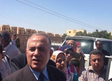وزير الري يتفقد مشروعات حماية سواحل محافظة الإسكندرية