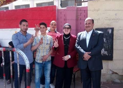 نائبة: أحفاد عمر مكرم يدلون بأصواتهم في الانتخابات