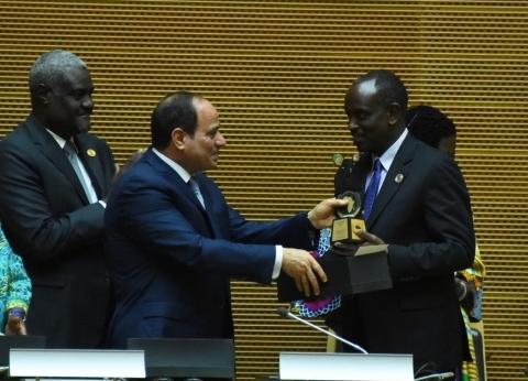 عاجل| السيسي يغادر أديس أبابا