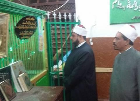 """وكيل """"أوقاف الإسكندرية"""" يتفقد مسجدي النبي دانيال وسيدي عبد الرزاق"""