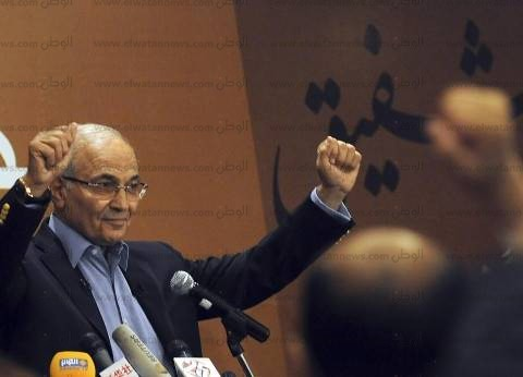 """""""شفيق"""": أسعى لدعم استقرار الأوضاع في مصر مع كل الأطراف المعنية"""