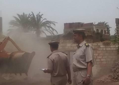 إزالة 112 حالة تعدِ على الأراضي الزراعية بسوهاج