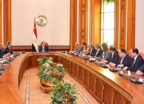 السيسي: مصر تسير على الطريق الصحيح وتتطلع لاستقرار أوضاع الاقتصاد