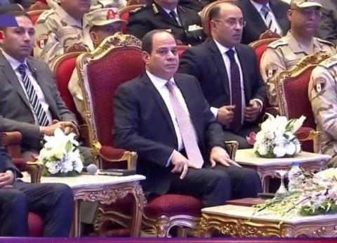 السيسي عن «حريق محطة مصر»: «ينفع حد ياخد استروكس ويسوق قطر؟»