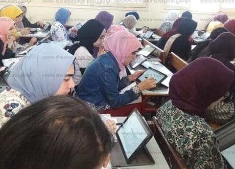 """وكيل """"تعليم قنا"""": طلاب 55 مدرسة أدوا الامتحاناتإلكترونيا"""