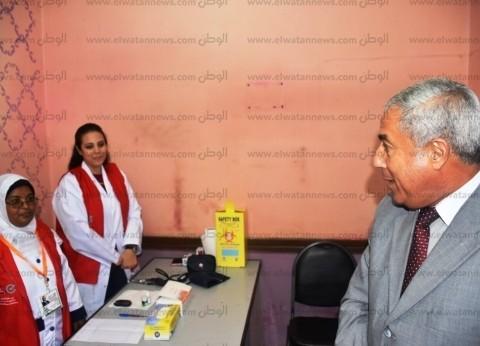 """محافظ أسوان يتابع انطلاق حملة """"100 مليون صحة"""""""