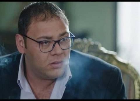"""الليلة.. محمد علي رزق يكشف كواليس """"حرب كرموز"""" على """"ميجا FM"""""""