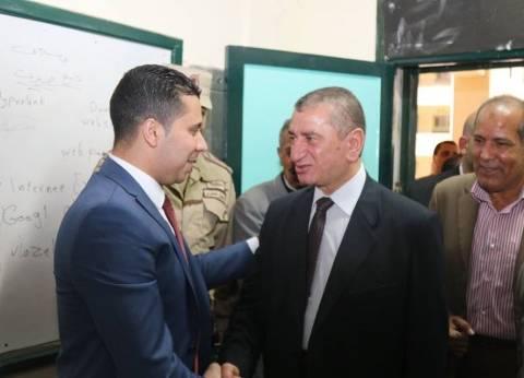 محافظ كفر الشيخ يتفقد لجان انتخابية ويؤكد كثافة الإقبال