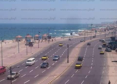 مدير أمن الإسكندرية يأمر بحملات مرورية لتحقيق السيولة بشوراع المدينة