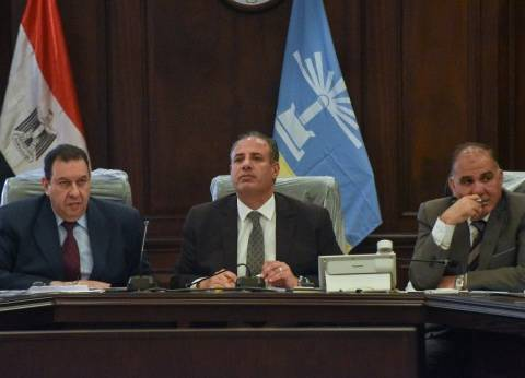 """محافظ الإسكندرية يجتمع بإدارة """"نهضة مصر"""" لبحث تحسين منظومة النظافة"""