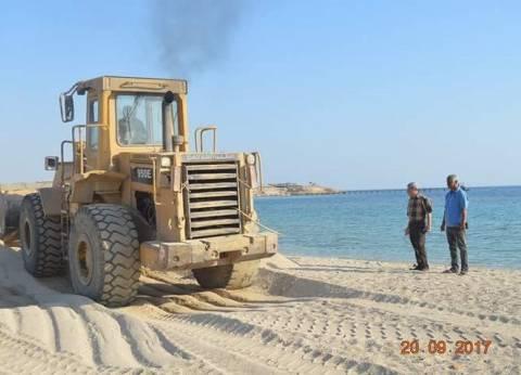 """رئيس """"القصير"""": فتح ممر بشاطئ البحر لحماية الطرق المرورية"""