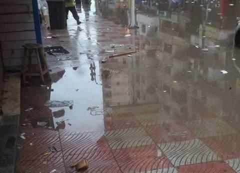 محافظ الإسكندرية يطالب الجهات المعنية بسرعة التعامل مع الأمطار