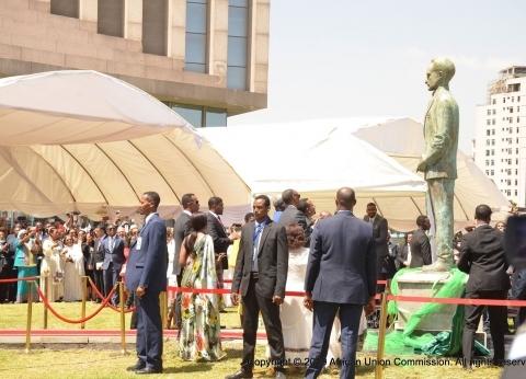 بالصور| إزاحة الستار عن تمثال إمبراطور إثيوبيا بمقر الاتحاد الإفريقي