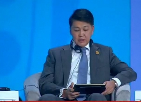 نائب وزير التنمية بكازاخستان: يجب تدعيم الحوار بين أطراف الصراعات
