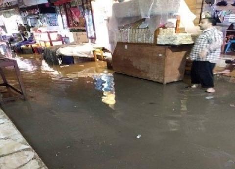 غرق شوارع رشيد وكفر الدوار.. وفرحة فى شمال سيناء بسقوط الأمطار