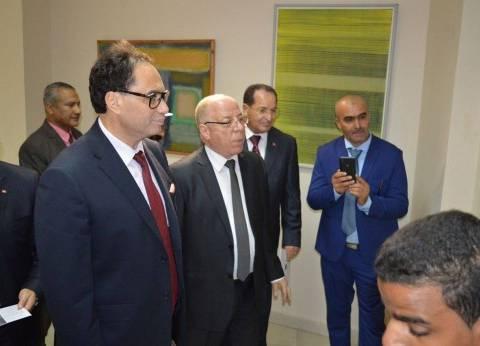 """وزيرا ثقافة مصر وتونس يفتتحان معرض """"مدرسة تونس"""" بالأقصر"""
