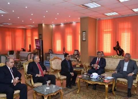 محافظ الشرقية يعرض الفرص الاستثمارية أمام السفير الإندونيسي بالقاهرة