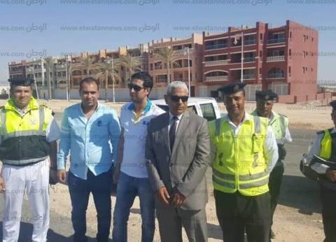 مدير الإدارة العامة للمرور يفاجئ الخدمات بالطريق الصحراوي والساحلي
