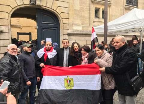 بالصور| النائب محمد عمارة: آلاف المصريين أمام سفارة باريس في آخر أيام التصويت