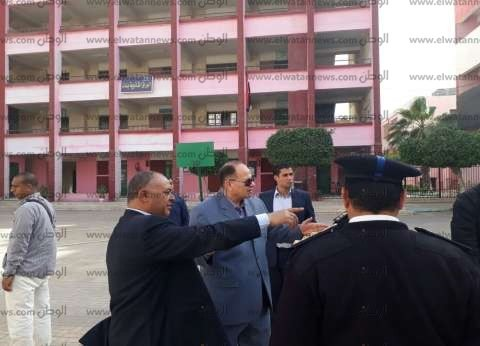 بالصور  مدير أمن الجيزة يتفقد اللجان ويوجه القوات بضرورة اليقظة
