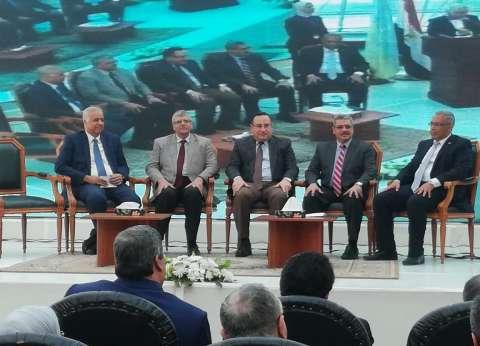 """رئيس جامعة الإسكندرية يشهد ختام فعاليات المدارس الشتوية بـ""""برج العرب"""""""