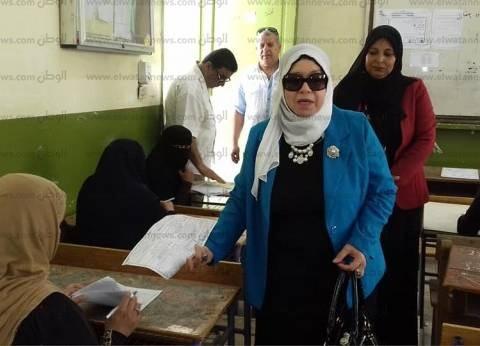 """وكيل """"تعليم شمال سيناء"""" تتابع امتحانات الدور الثاني للشهادة الإعدادية"""