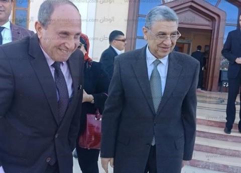  وزير الكهرباء يتفقد وحدات الطوارئ بقاعة المؤتمرات بشرم الشيخ